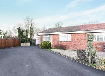 Thumbnail 2 bed bungalow for sale in Lingfield Road, Evesham, Worcestershire