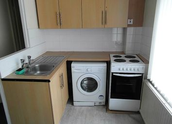 Thumbnail Studio to rent in Falmouth Avenue, London