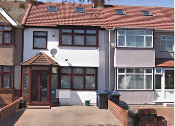 Thumbnail 4 bed detached house to rent in Mornington Road, Greenford