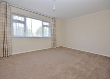 Thumbnail 3 bed maisonette to rent in Windsor Parade, Windsor Road, Barton-Le-Clay, Bedford