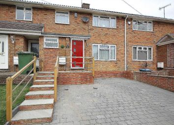Thumbnail 3 bed detached house for sale in Turners Hill, Hemel Hempstead