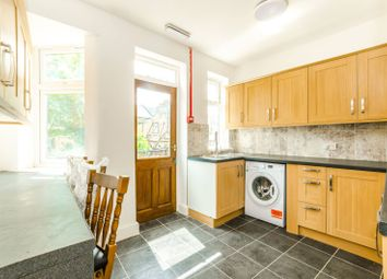 Thumbnail 4 bedroom terraced house to rent in Crofton Road, Plaistow