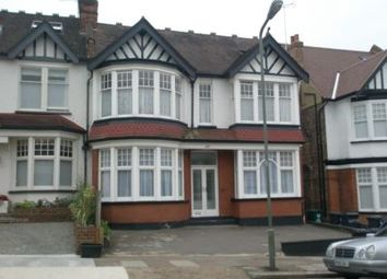 Thumbnail 4 bed flat to rent in Church Crescent, Finchley