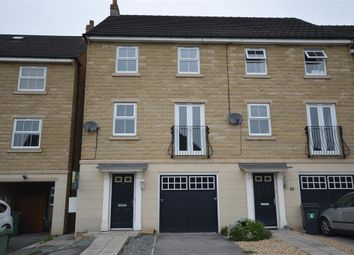 Thumbnail 3 bed town house for sale in Jilling Ing Park, Earlsheaton, Dewsbury