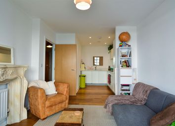 Darbyshire House, Clovelly Place, Greenhithe DA9. 1 bed flat for sale