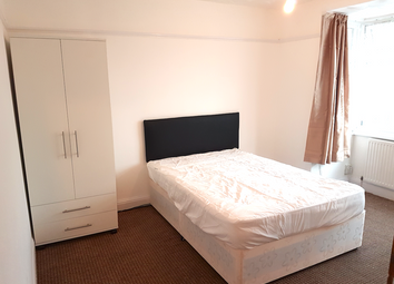 Thumbnail Room to rent in Pinglestone Close, West Drayton