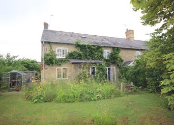 Thumbnail 5 bed cottage to rent in Church Road, Hinton Waldrist, Faringdon