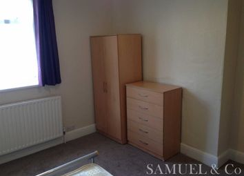 Thumbnail Room to rent in Birmingham Road, West Bromwich