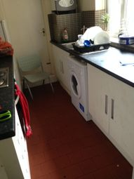 Thumbnail 7 bed flat to rent in Queens Crescent, Kentish Town