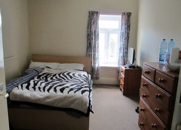 Thumbnail Room to rent in Queen Street - Room 2, Treforest, Pontypridd