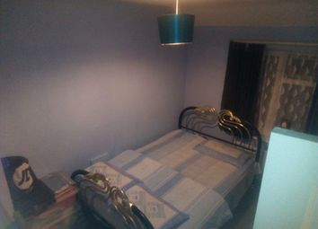 Thumbnail Room to rent in Double Room, Becontree
