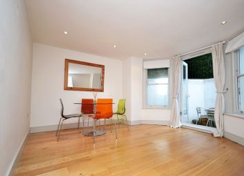 Thumbnail 1 bed flat to rent in Cavendish Road, Clapham