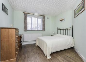 3 bed flat for sale in Green Lanes, London N4