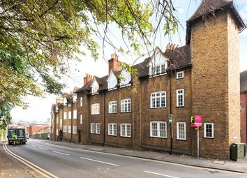 2 bed flat for sale in Portsmouth Road, Guildford GU2