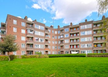 Thumbnail Flat for sale in Gascoyne House, London