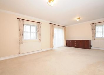 Thumbnail 2 bed flat to rent in Hatch End HA5,