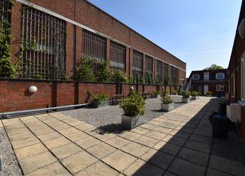 2 bed flat to rent in Fretherne Road, Welwyn Garden City AL8