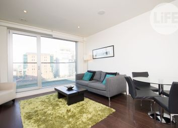 Thumbnail 1 bedroom flat to rent in 4 Oakland Quay, London