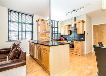 Thumbnail 2 bed flat to rent in Hawthorn Street, Wilmslow