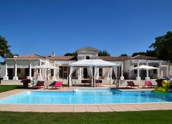 Thumbnail 4 bed villa for sale in La-Rochelle, Charente-Maritime, France