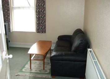 Thumbnail 2 bed flat to rent in Gordon Hill, Enfield
