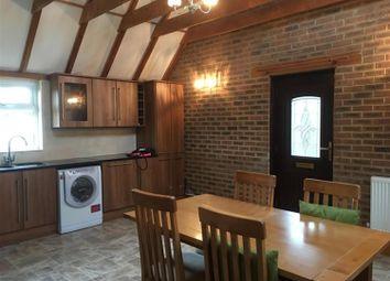 Thumbnail 2 bed cottage to rent in Wineham Lane, Wineham, Horsham
