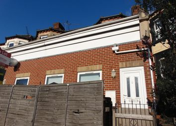 Thumbnail 1 bed maisonette to rent in Millbrook Road West, Southampton