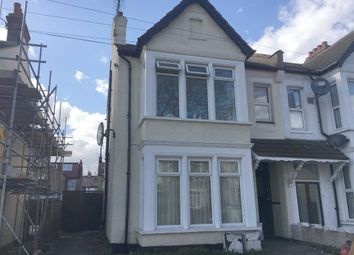 Thumbnail 1 bed flat to rent in Cheltenham Road, Southend On Sea, Essex