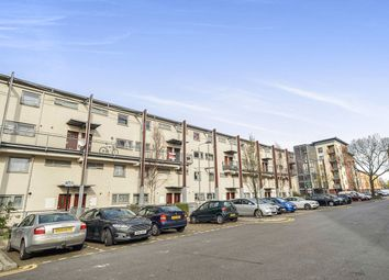 Thumbnail 2 bed flat for sale in Fothergill Close, London