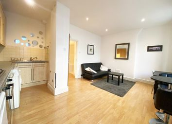 Thumbnail 1 bed flat to rent in Leman Street, London