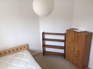 Thumbnail Room to rent in Worple Avenue, Twickenham Isleworth