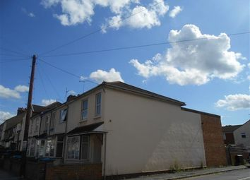 Thumbnail 1 bed flat to rent in Townsend Piece, Bicester Road, Aylesbury