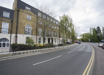 2 bed flat to rent in Bishops Terrace, Mill Street, Maidstone, Kent ME15