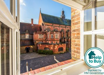 Thumbnail 1 bedroom flat for sale in Syresham Gardens, Haywards Heath