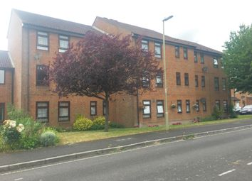 Thumbnail 1 bed flat to rent in Weavers Close, Andover