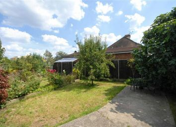 Thumbnail 4 bed property to rent in The Vale, Golders Green