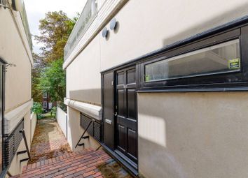 Thumbnail 3 bed flat to rent in Spedan Place, Hampstead