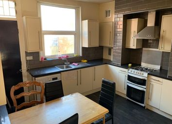 4 bed end terrace house to rent in Beamsley Mount, Hyde Park, Leeds LS6
