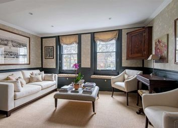 Thumbnail 3 bed property for sale in Pond Square, London