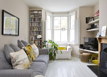 3 bed property to rent in Hewer Street, London W10