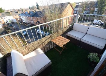 Thumbnail 2 bed flat for sale in Sydenham House, Sun Street, Reading