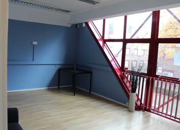 Thumbnail Office to let in Skylines Village, Limeharbour, London