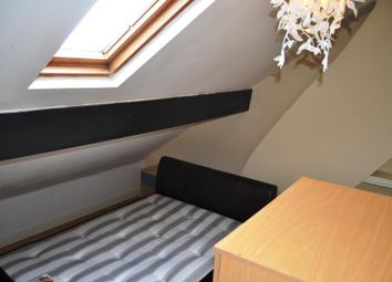 Thumbnail 2 bed flat to rent in 88 Woodville Road, Cathays, Cardiff, South Wales
