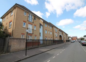 Manchester Court, Garvary Road, London E16. 2 bed flat