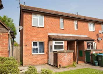 Thumbnail 1 bed flat to rent in The Dell, Aylesbury