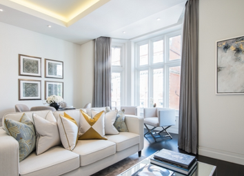 Thumbnail 2 bedroom terraced house to rent in Green Street, Mayfair