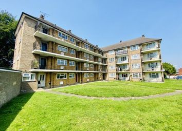 Thumbnail Flat for sale in Kennedy Court, Whinbush Road, Hitchin, Herts