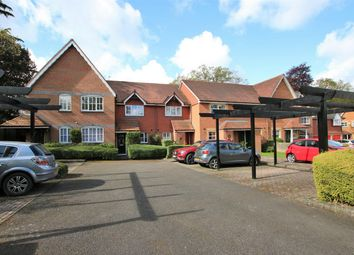 2 bed terraced house to rent in Poppy Place, Wokingham, Berkshire RG40