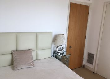 Thumbnail Room to rent in 36 Westferry Circus, Canary Wharf, London