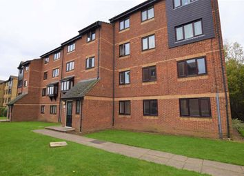 Thumbnail 2 bed flat to rent in The Glen, Basildon, Essex